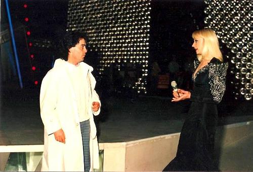 Ferilli e Raffaella Carrà 2