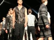 John-Richmond-2015-milano-fashion-night-deaminamagazine-6